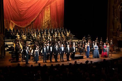 Dudamel cautiva como director de la Ópera de París en la inauguración de la temporada 21/22