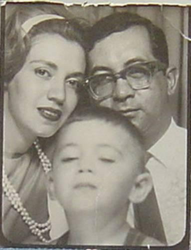 Celebran aniversario natal de Gilberto Aceves con avance de largometraje sobre su vida y obra