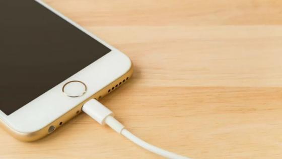 La molestia de Apple ante propuesta de cargador único