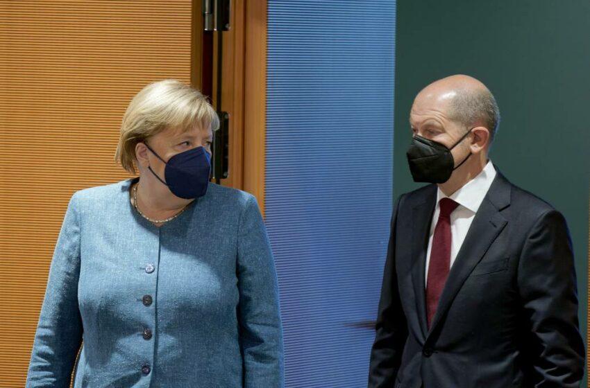 Angela Merkel felicitó a Olaf Scholz por su victoria en elecciones alemanas