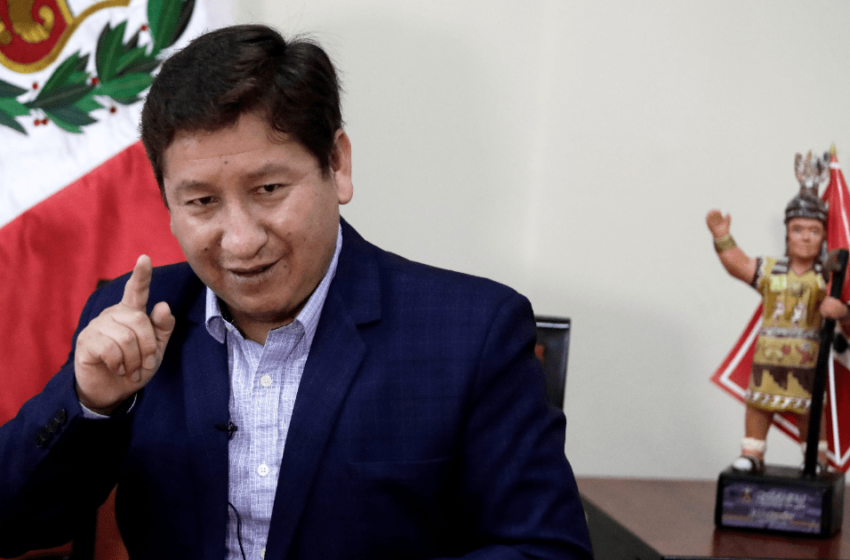 Jefe de gabinete de Perú, Guido Bellido, amenaza con nacionalizar yacimiento de gas natural