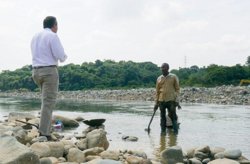 Medio Ambiente realizará inmediata restauración ecológica en el Río Haina – Roberto Cavada