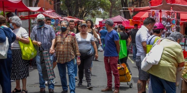 Gobierno de la CDMX alista acciones para evitar el comercio informal