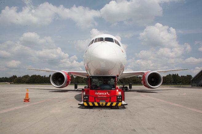 ¿Avianca se fusionará con la aerolínea chilena Sky? Esto es lo que se sabe