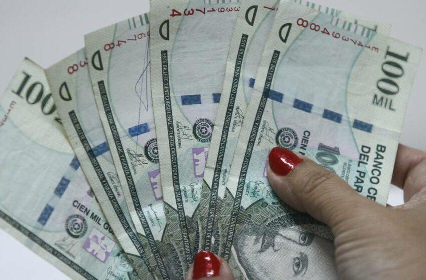 Tasa de interés de créditos suma otro mes de reducción, señalan