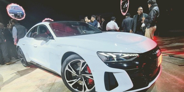 Audi apunta hacia un futuro electrizante
