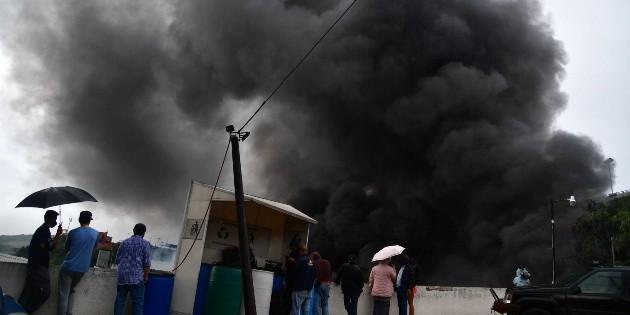 Incendian oficinas de la CNTE en Morelia